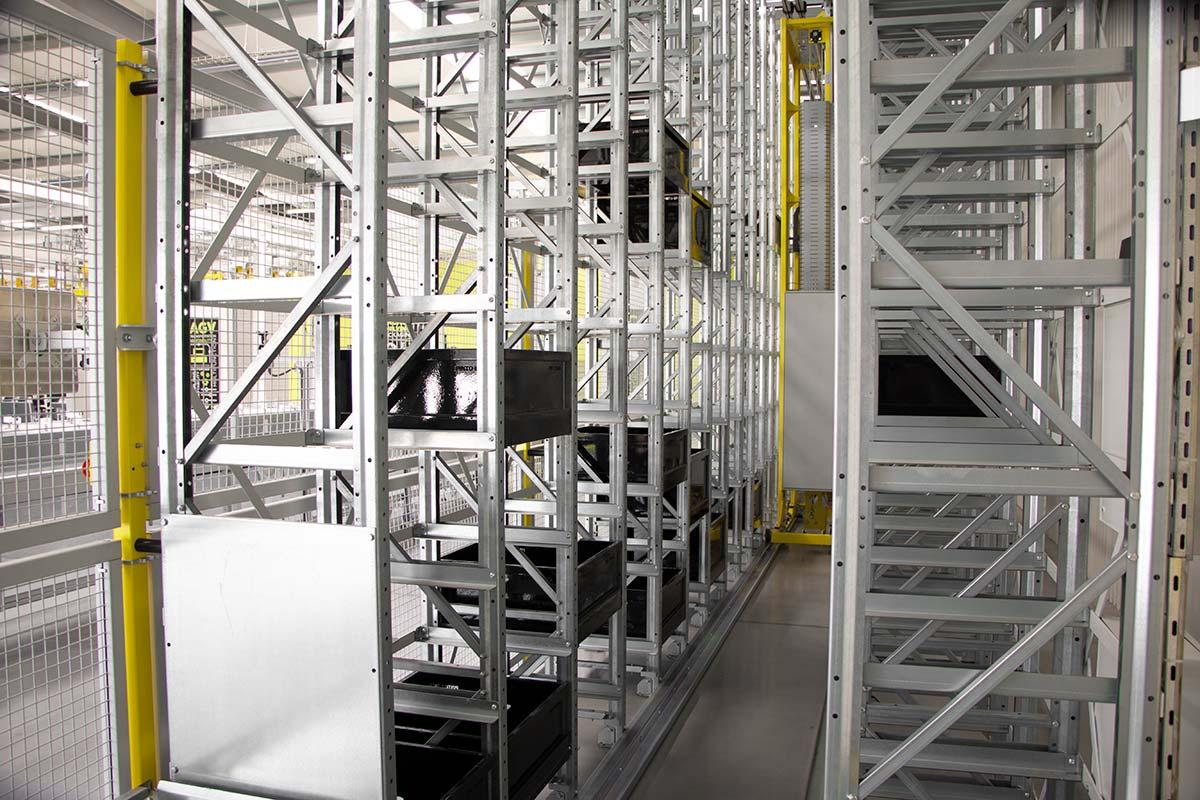 CubeStocker-Automated-Warehouse-Storage-System-2