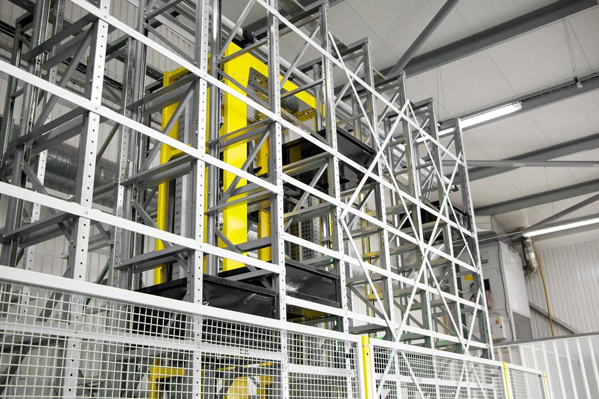 CubeStocker-Automated-Warehouse-Storage-System