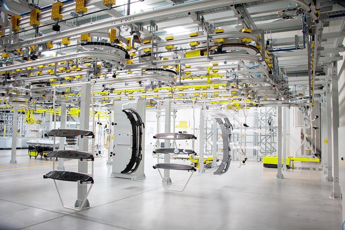 ShopStocker-Overhead-Conveyor--System-5
